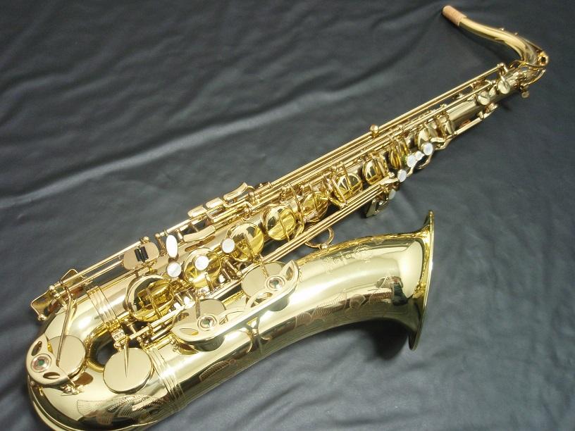 ヴィンテージサックスなど楽器は最高値で買取します。